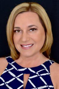 Debbie Lumbreras klm Real Estate Agent